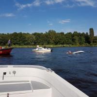 Gekentertes Segelboot